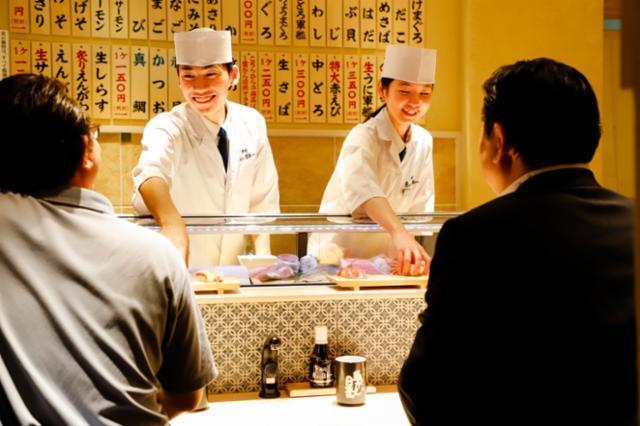 立食い寿司 魚がし日本一 中之島フェスティバルプラザ店の画像・写真